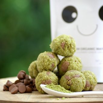 matcha-mint-chocolate-chip-protein-balls
